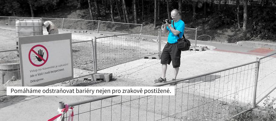 Pomáháme odstraňovat bariéry nejen pro zrakově postižené.